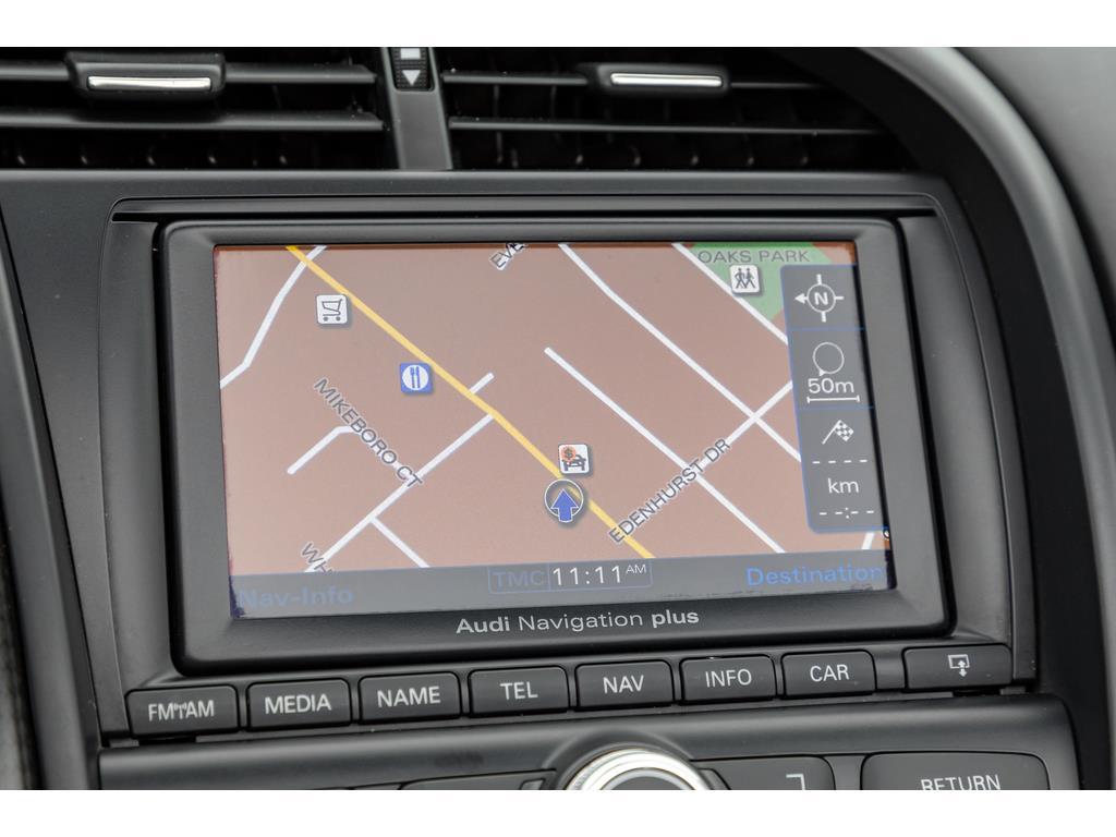 2012 Audi R8 GT Spyder Navigation System