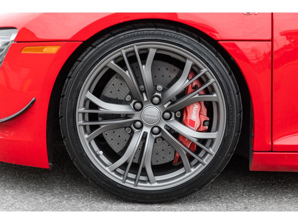 2012 Audi R8 GT Spyder Wheels and Calipers