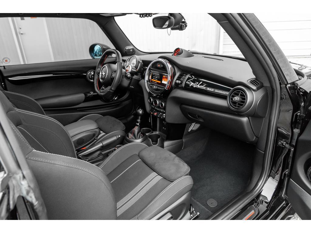2019 Mini 3 Door Interior Passenger View