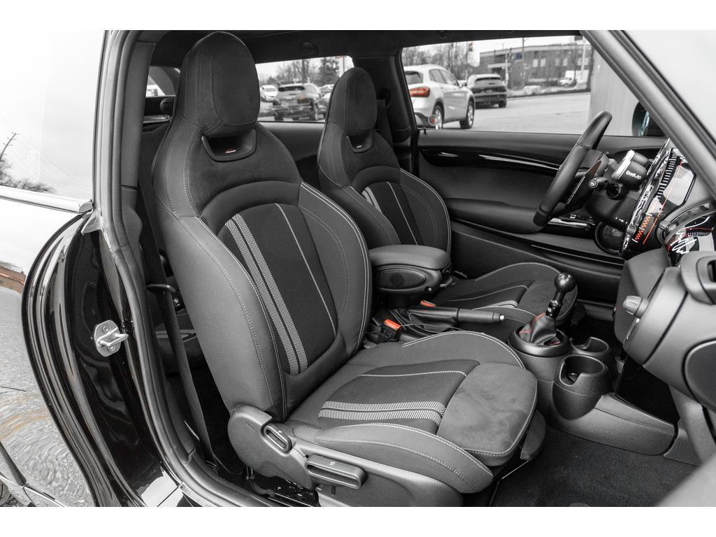 2019 Mini 3 Door Passenger Seat