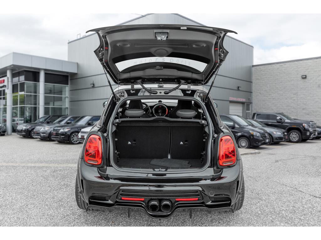 2019 Mini 3 Door Trunk and Cargo Space