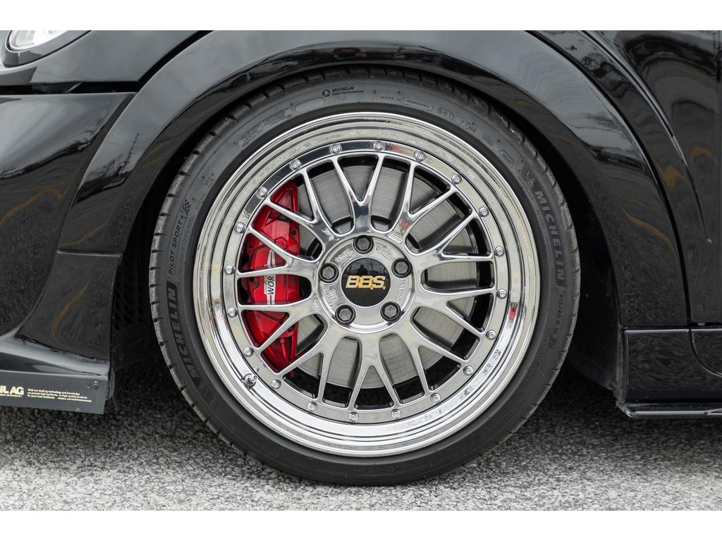2019 Mini 3 Door Wheels and Calipers