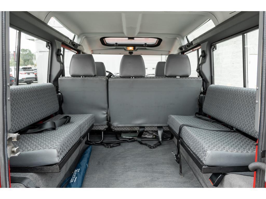 2002 Land Rover Defender Passenger Seat