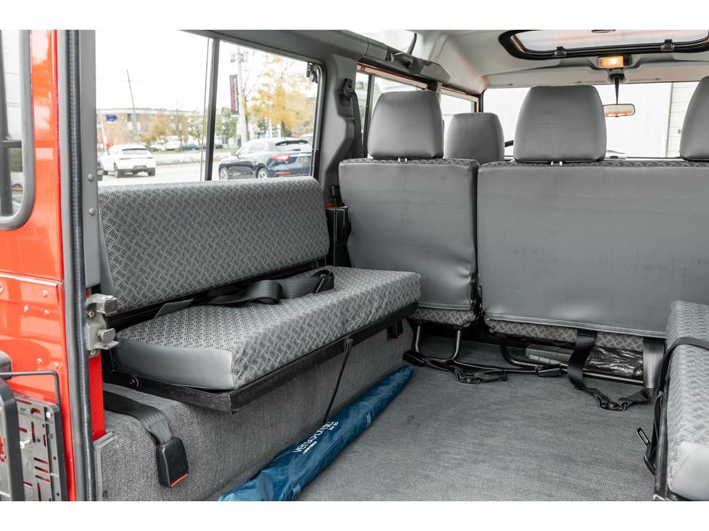 2002 Land Rover Defender Rear Seat