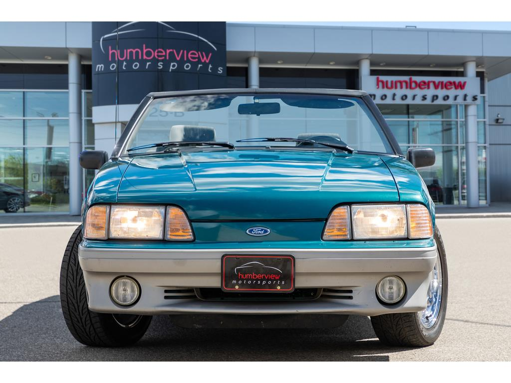 1993 Ford Mustang GT Front End