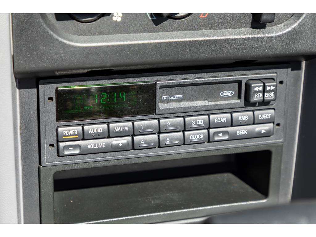 1993 Ford Mustang GT Infotainment System