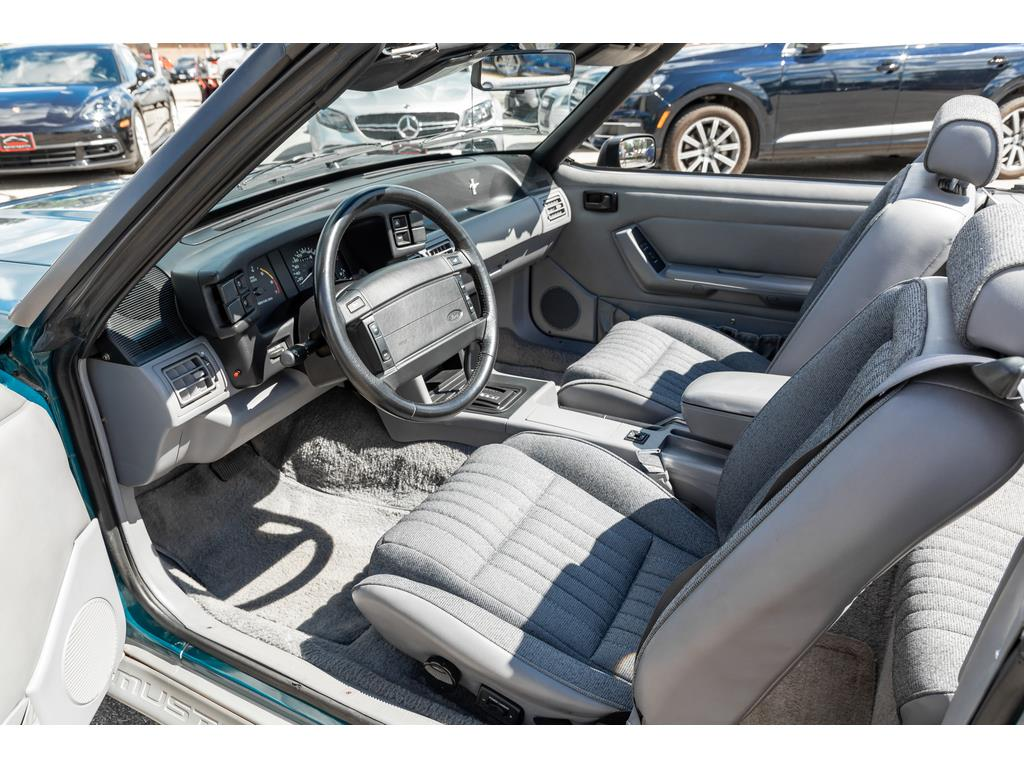 1993 Ford Mustang GT Interior Driver View