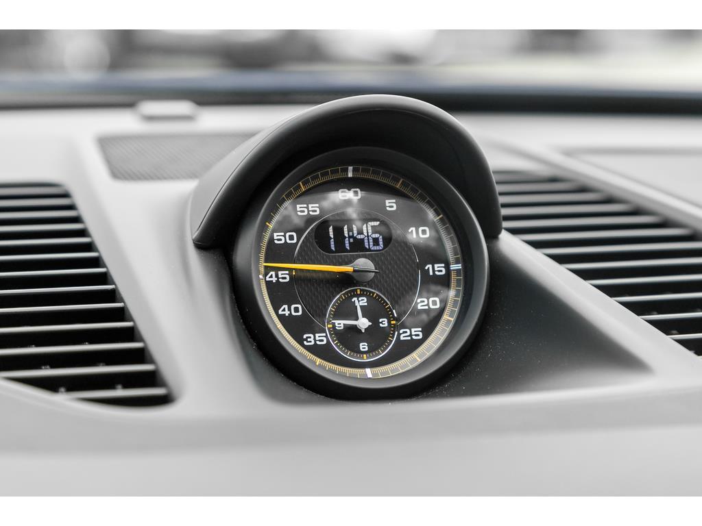 2016 Porsche 911 GT3 RS Center Clock