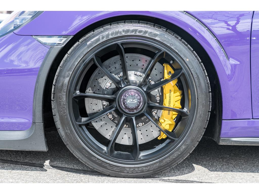 2016 Porsche 911 GT3 RS Wheels and Calipers